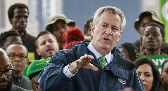 """ראש עיריית ניו יורק ביל דה בלאזיו.  """"יותר מדי מכורים"""", צילום: אי.אף.פי"""