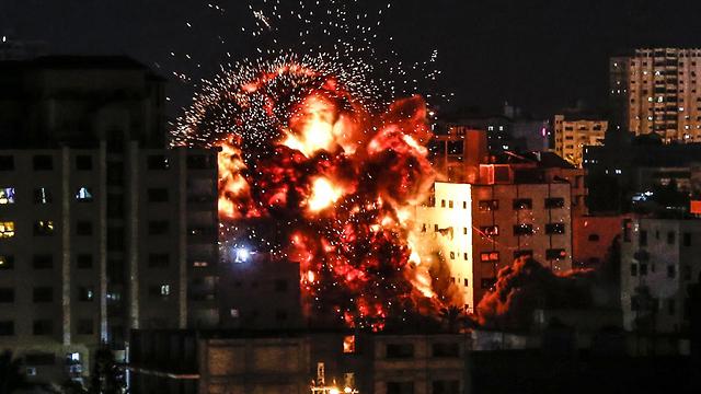הפצצת בית בעזה