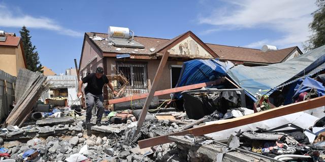 בית שנפגע היום בבאר שבע , צילום: חיים הורנשטיין