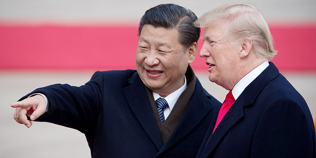 """מימין נשיא ארה""""ב דונלד טראמפ ונשיא סין שי ג"""