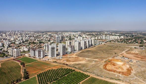 """רחובות החדשה. """"מדובר בעתודות הקרקע האחרונות של העיר, דבר שגורם למחירים לטפס"""""""