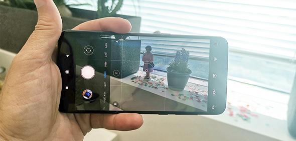 שיאומי סמארטפון Mi9, צילום: ניצן סדן