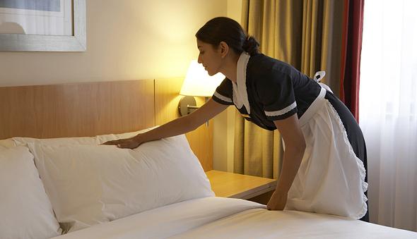 המנקים הם שעובדים הכי קשה במלון, אומרים גורמים בתעשייה