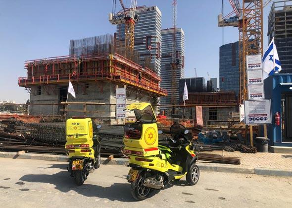 """אתר הבנייה בבני ברק, צילום: מד""""א"""