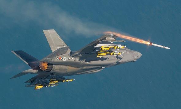F35 משגר טיל בניסוי, צילום: lockheedmartin