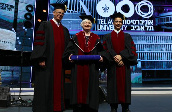 """ילן בטקס באוניברסיטת ת""""א, צילום:  אוראל כהן"""