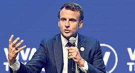 """נשיא צרפת עמנואל מקרון. """"זו מתקפה"""", צילום: אי פי איי"""