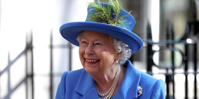 ג'ין מהמלכה: התיירים לא מגיעים ובארמון בקינגהאם מוכרים משקאות לשיקום המאזן