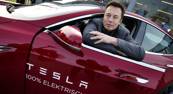 """אלון מאסק מייסד מנכ""""ל טסלה מכונית חשמלית, צילום: EPA"""