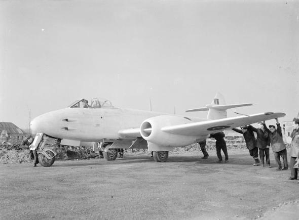 גלוסטר מטאור, מטוס הסילון המבצעי הראשון של בעלות הברית, צילום: RAF