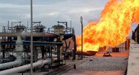 פיצוץ צינור גז אל עריש 2011 , צילום: אי. פי. אי