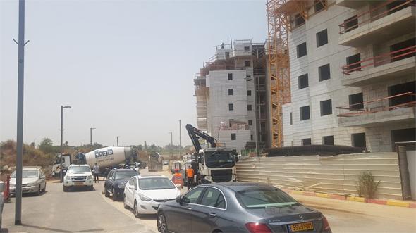 בנייה באתר של חברת שרבט בכפר יונה