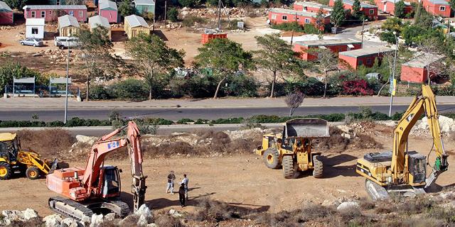 החטיבה להתיישבות העבירה תקציבים לפרויקטים לא חוקיים