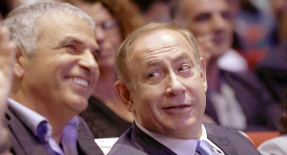 מימין: ראש הממשלה בנימין נתניהו ומשה כחלון. בחר בפתרון הפחדני והנוח, צילום: עמית שעל