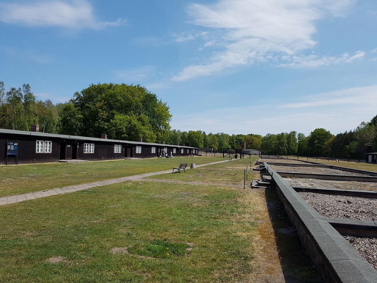 הצריפים במחנה, צילום: דוד הכהן