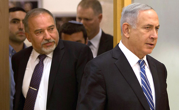 Avigdor Lieberman (left) and Benjamin Netanyahu. Photo: AFP
