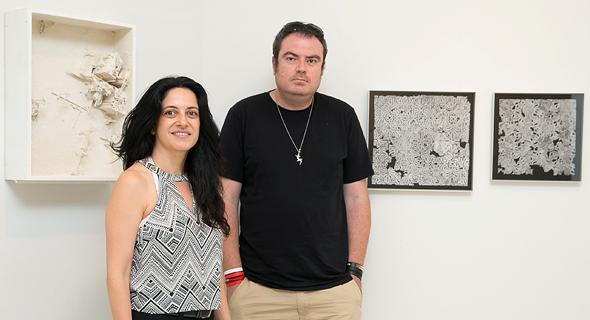 מימין: האמנים אמיר תומשוב וטל אמיתי לביא פנאי, צילום: אוראל כהן