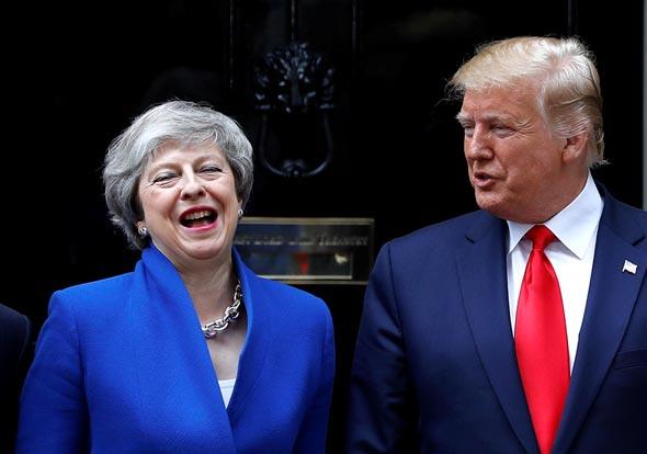 דונלד טראמפ ותרזה מיי , צילום: רויטרס