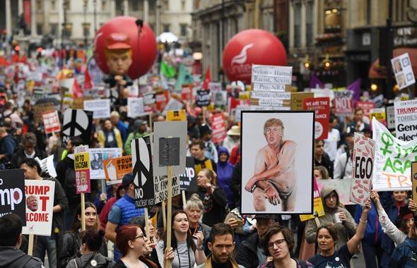 הפגנה בלונדון נגד דונלד טראמפ, צילום: אי פי איי