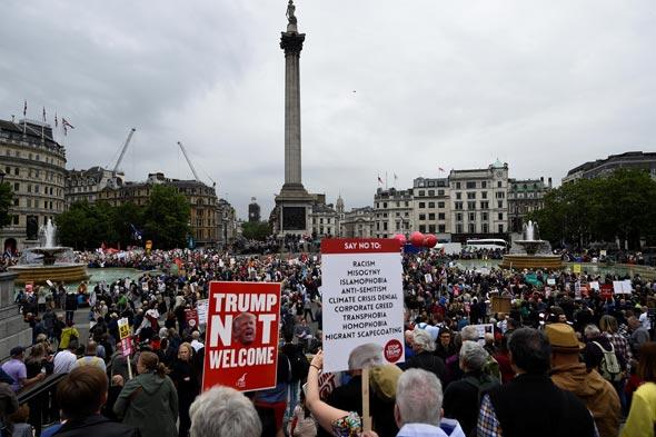 הפגנה בלונדון נגד טראמפ, צילום: רויטרס