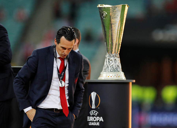 אונאי אמרי מנג'ר ארסנל עצוב אחרי גמר ליגת אירופה