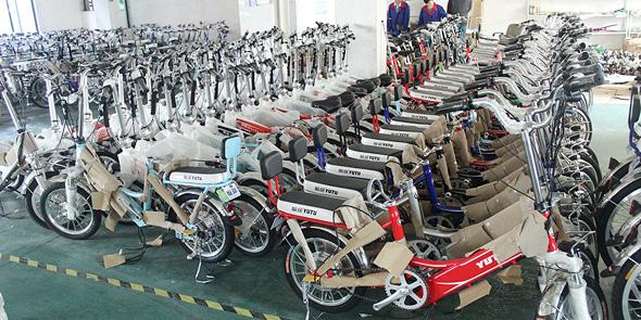 שלושה מיליון בעלי אופניים וקטנועים חשמליים בבייג'ינג חוייבו להצטייד לראשונה בלוחיות רישוי