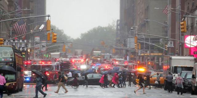 """""""הרוג בהתרסקות מסוק על גג בניין בניו יורק"""""""