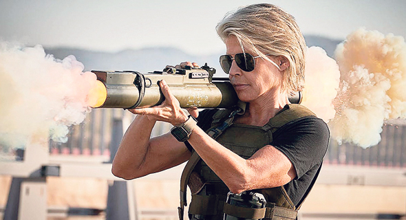 """לינדה המילטון ב""""שליחות קטלנית"""" החדש. האם־טיפוס לגיבורות החדשות, צילום: © Twentieth Century Fox Film Corporation. All Rights Reserved.© Twentieth Century Fox Film"""