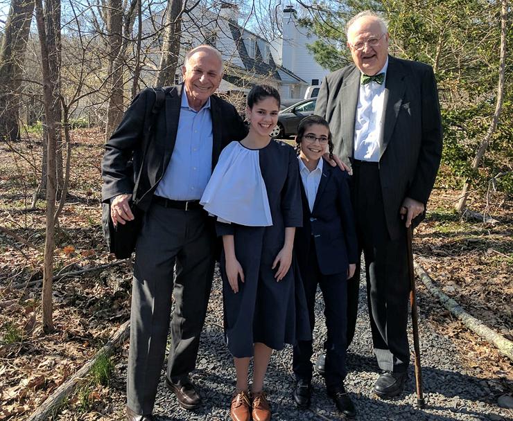 ילדיה של יפה עם זוכי פרס נובל לכלכלה פרופ