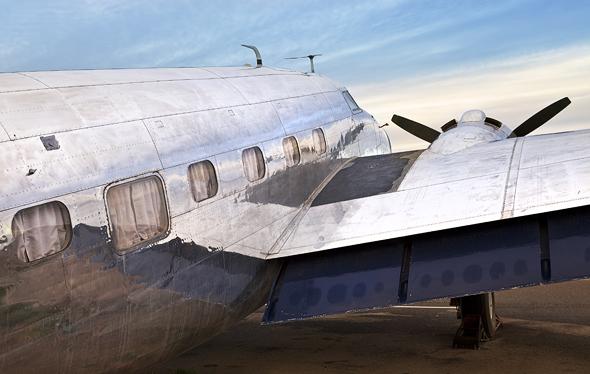 מדפי הכנפיים במטוס