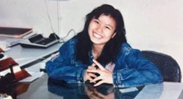 זו כאשר ניהלה את המפעל של המעסיק הראשון שלה, צילום: Lens Technology