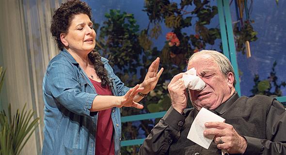 אריה צ'רנר (מימין) ואודליה מורה מטלון. דיאלוגים מבריקים בין אלוהים לפסיכולוגית