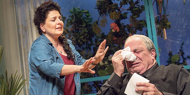 """""""אוי אלוהים"""" של ענת גוב שוב על הבמה: אל מלא רחמים עצמיים"""