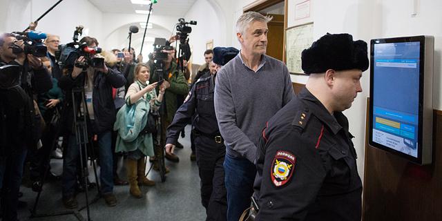 מה קורה כשפוטין שולח את אחד המשקיעים שלך לכלא הרוסי