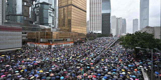 הכוח של האזרחים: תמונות מדהימות מההפגנות בהונג קונג