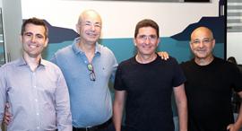 מימין: יוסי כרמיל, רון סרבר מסלברייט, חיים שני ואורי ארדה מ-IGP , צילום: ניר כפרי