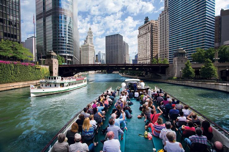 במקום ה-2: שייט אדריכלי עם מדריך מנוסה בנהר בשיקגו. תמורת 41 דולר, צילום: architecture.org