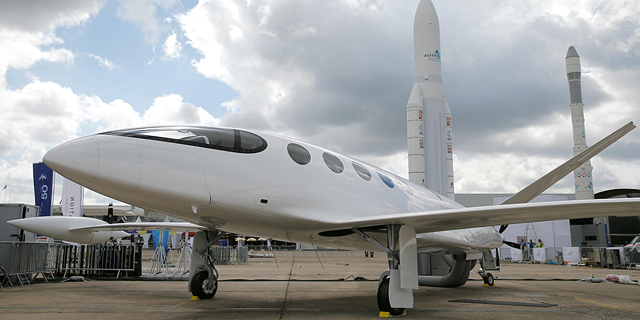 Israeli Aviation Company Unveils Fully Electric Passenger Plane
