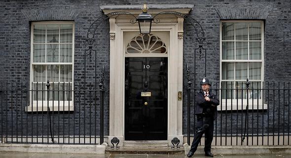 דאונינג 10, מעונו של ראש ממשלת בריטניה, צילום: איי פי