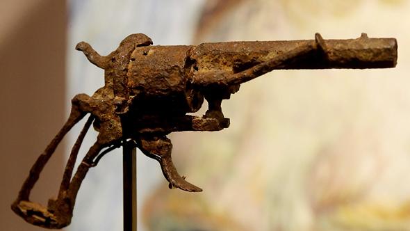 """אקדח ה-7 מ""""מ החלוד שככל הנראה באמצעותו התאבד ואן-גוך, צילום: גטי אימג"""