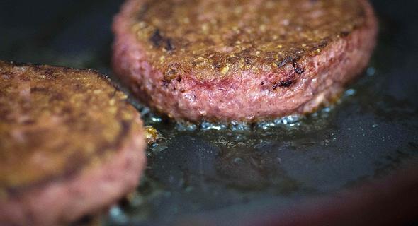 ההמבורגר הטבעוני של ביונד מיט, צילום: איי אף פי
