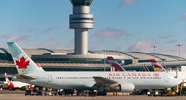 מטוס של אייר קנדה בטורונטו, צילום: גטי אימג'ס