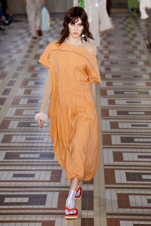 כפכפים של אקנה, צילום: אתר החברה