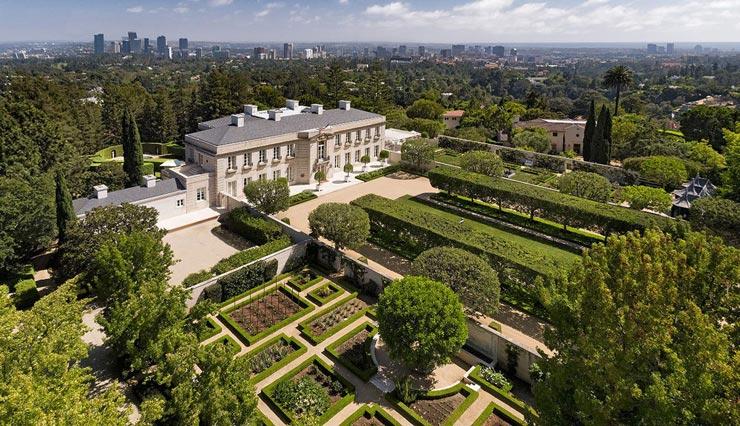 מבט מלמעלה, צילום: Hilton and Hyland