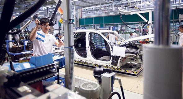 מפעל ב.מ.וו בריליאנס ב סין, צילום: Nelson Ching