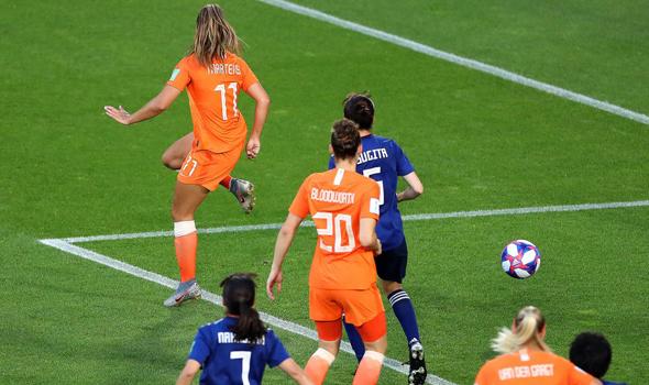 לייקה מרטינס כוכבת נבחרת הולנד כובשת שער נגד יפן. מונדיאל 2019, צילום: גטי אימג