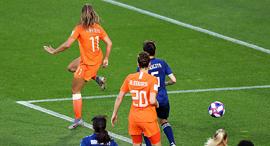 לייקה מרטינס כוכבת נבחרת הולנד כובשת שער נגד יפן במונדיאל הנשים של 2019, צילום: גטי אימג'ס