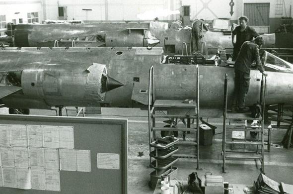 הרכבת מטוסי F104 במפעל גרמני , צילום: luftwaffe.de
