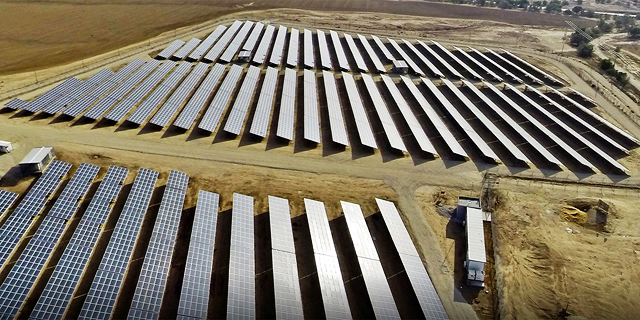 מסכים ירוקים לחברת האנרגיה הירוקה: דוראל זינקה ב־80% מאז ההנפקה