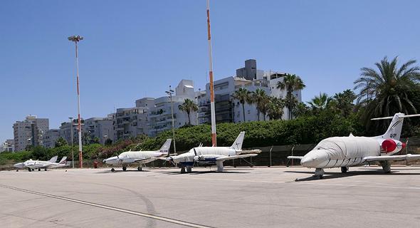 מטוסים פרטיים בשדה דב